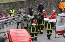 Vigili del fuoco, esercitazione evacuazione di scuola a Feltre.