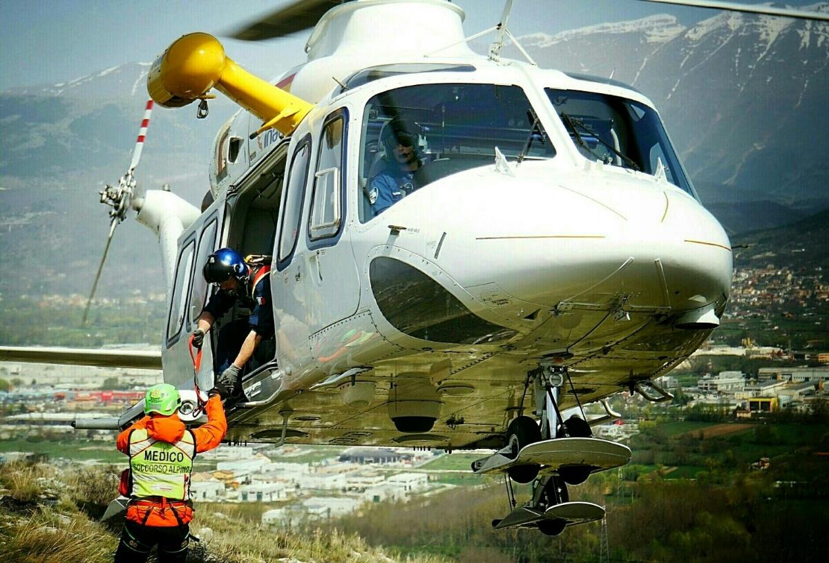 Elicottero 118 : Elicottero in volo myvalley notizie