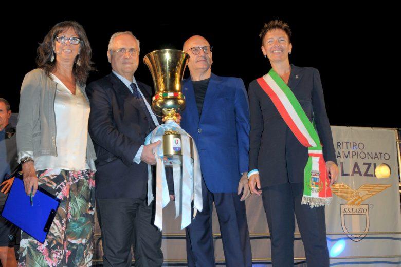 Auronzo: la Lazio si presenta alla tifoseria con il presidente Lotito e la Coppa Italia (presentazione Barbara Paolazzi)