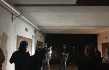 FELTRE: BARRICATI IN GARAGE MINACCIANO DI FAR ESPLODERE LA CASA E AFFRONTANO ARMATI I CARABINIERI , ARRESTATI