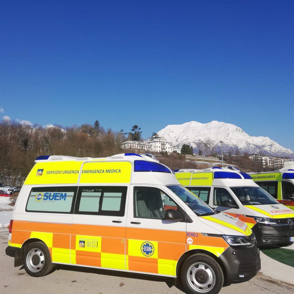 Nove nuove ambulanze per l'Ulss Dolomiti.